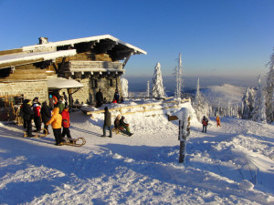 Lusenschutzhaus am Gipfel des Lusen